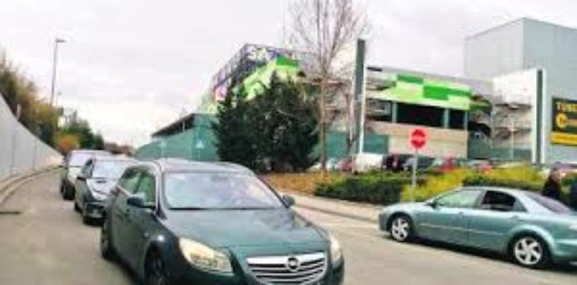 Leganés estudia cambiar el sentido de algunas calles en La Fortuna los fines de semana por los colapsos de Sambil Outlet