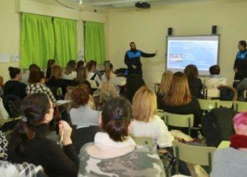 Policía Local de Leganés imparte un curso contra el bullying a 40 monitoras de comedores escolares