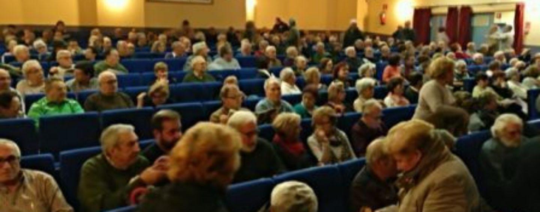 Masiva participación en el acto en defensa de las pensiones