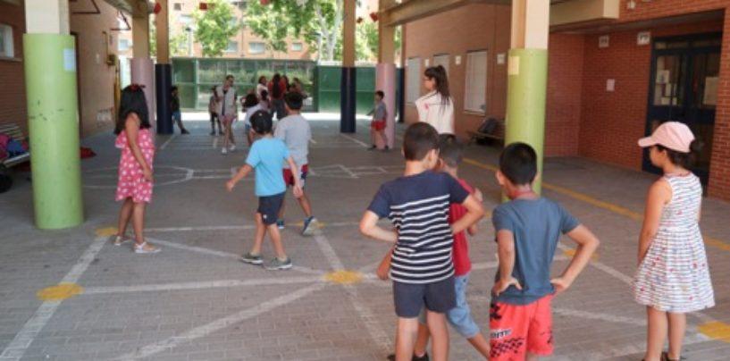 Más de 1.300 niños y niñas de Leganés participan en los 23 campamentos urbanos que se desarrollan en colegios públicos de la ciudad