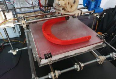 La UC3M empieza a imprimir en 3D pantallas protectoras para los sanitarios