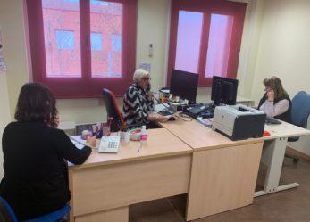 El Ayuntamiento presta un servicio especial de atención telefónica para atender a los más de 43.000 mayores de Leganés