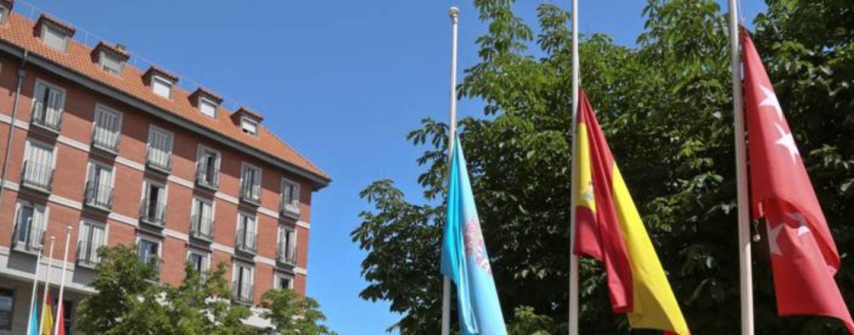 El alcalde decreta el Luto Oficial en Leganés en recuerdo de las víctimas y los difuntos de la COVID-19