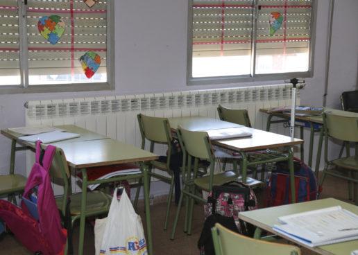 El Ayuntamiento de Leganés refuerza la limpieza de los colegios incorporando una  persona más a cada colegio